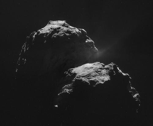 Comet 67P on 4 November - NAVCAM