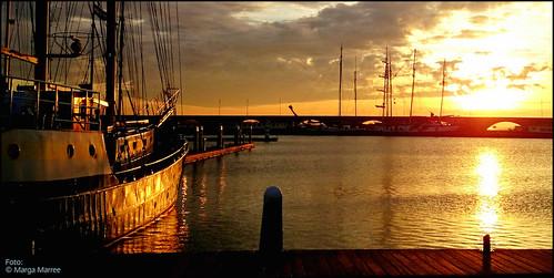 sunset netherlands lelystad bataviahaven lelystadgeeftlucht mooilelystad