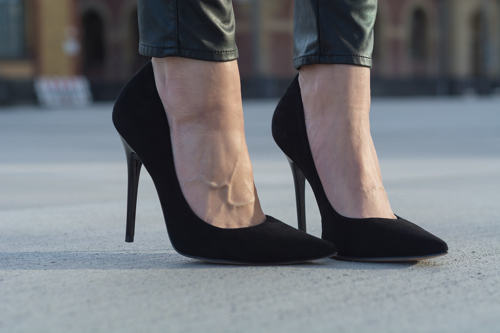 Classic black Pumps by Buffalo Boots