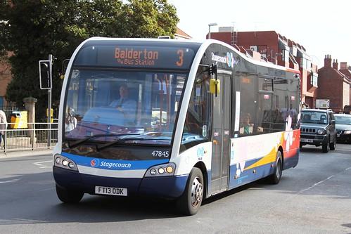 Stagecoach 47845 (c) Philip Slynn