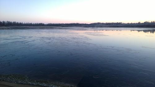 winter ice finland river kittilä ounasjoki nokialumia1020