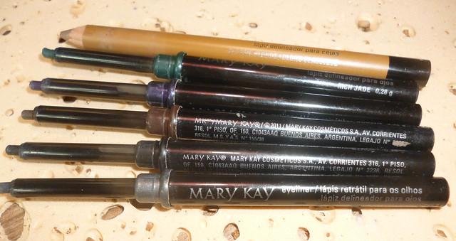 Resenha minuto: Lápis Delineadores de olhos e sobrancelhas da Mary Kay