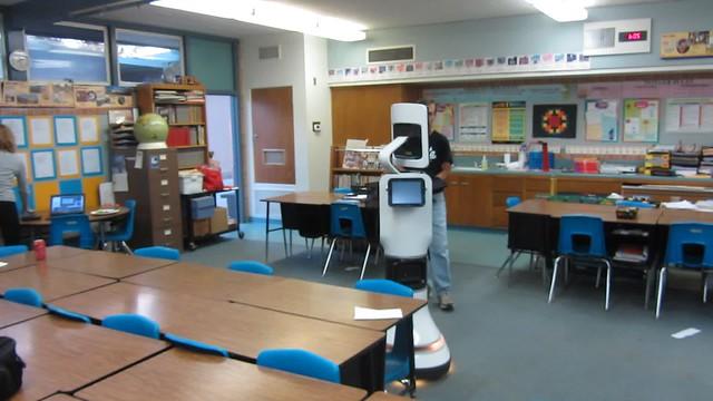 MVI_5806 robot kellogg school