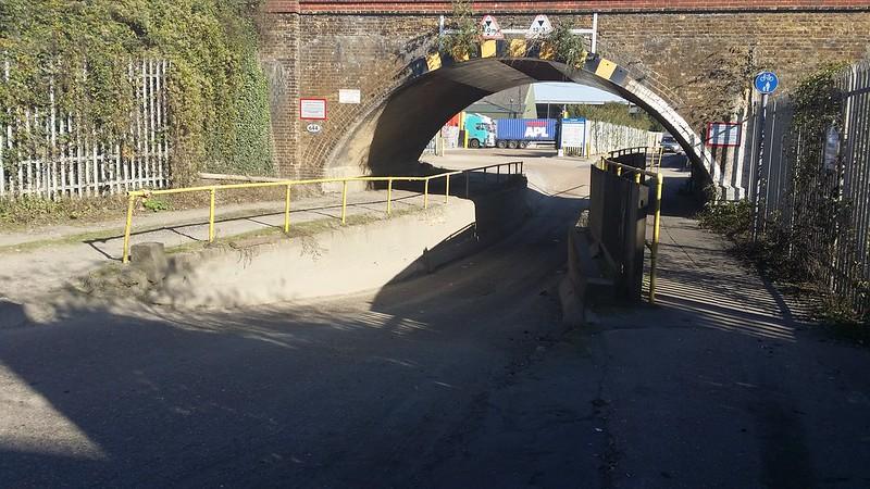 Scooped out Road under low bridge #LondonLOOP #sh