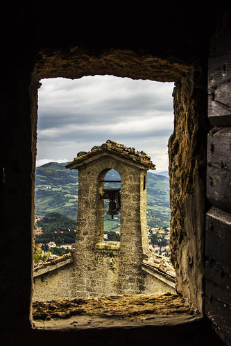 old italy castle history canon landscape photography interesting italia sigma medieval historical romagna eos600d