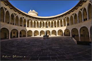 Billede af  Bellver Castle i nærheden af  Palma de Mallorca. castle spanje balearen palmademallorca bellver