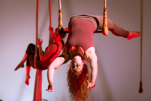 Loop - 2014 FringeArts Festival. Photo by Michael Ermilio