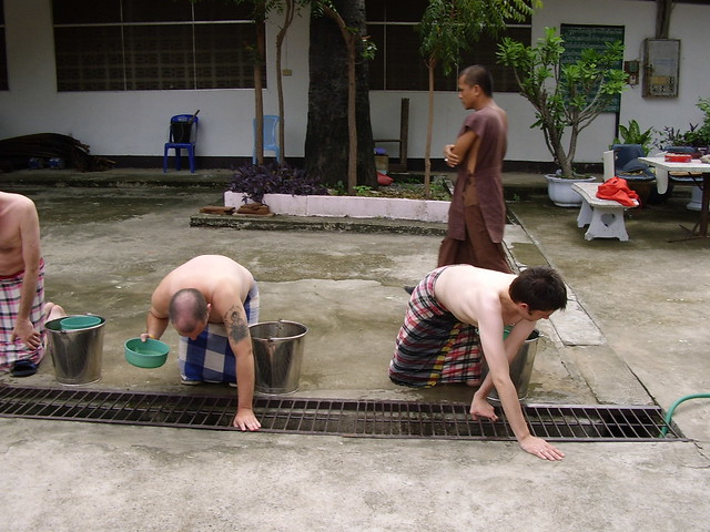 Wat Thamrabok 2006