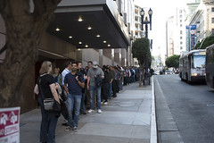Waiting Line for Oracle Appreciation Event, JavaOne 2014 San Francisco
