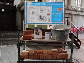 Imagen de Westerkerk cerca de Ámsterdam. church amsterdam bucket trolley bricks campaign engraved westerkerk
