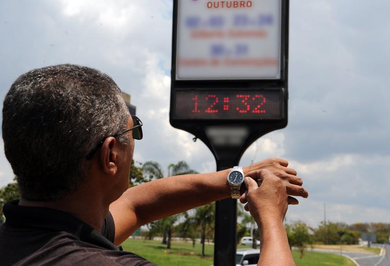 Horário de Verão começa domingo em 11 estados brasileiros, Bahia está fora
