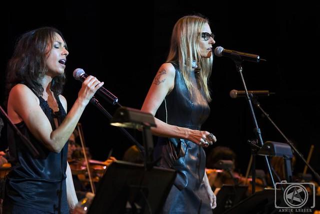 Aimee Mann and Susanna Hoffs_Big Star_Wilshire Ebell Theater_Sept 27 2014_Annie Lesser (2)