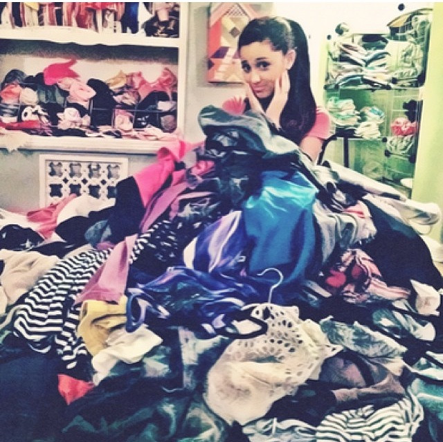 ariana-grande-clothes-girly-messy-room-Favim.com-1311726