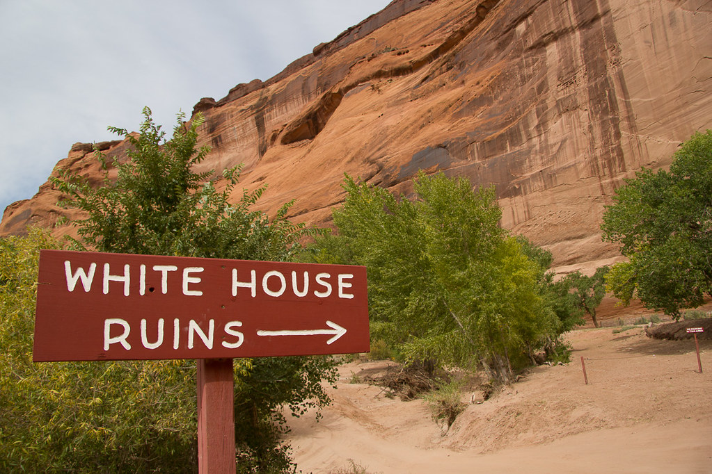 White House Ruins sign at Canyon de Chelly