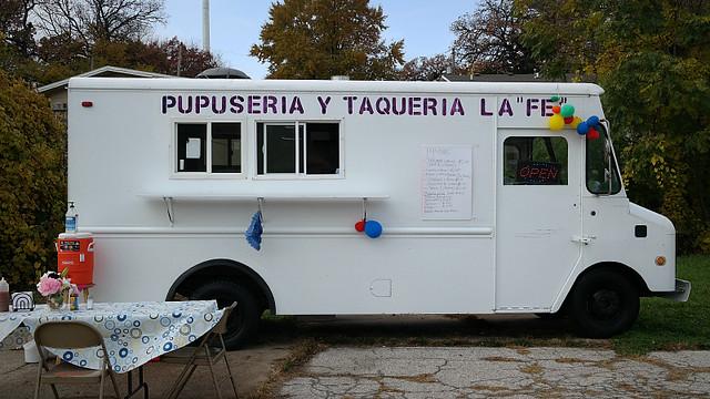 """Pupuseria La """"Fe"""" Truck in Des Moines, Iowa"""