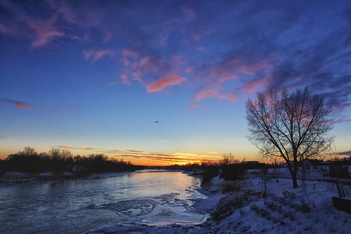 calgary ice clouds sunrise downtown bowriver