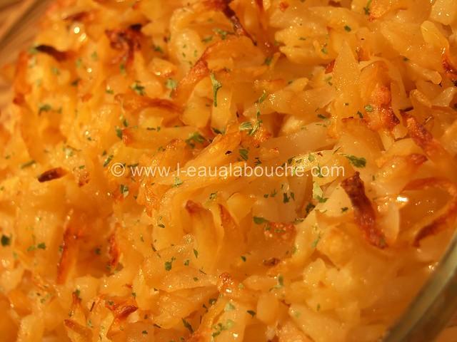Steak Haché Bœuf-Légumes & Beurre aux Herbes sur Röstis © Ana Luthi Tous droits réservés