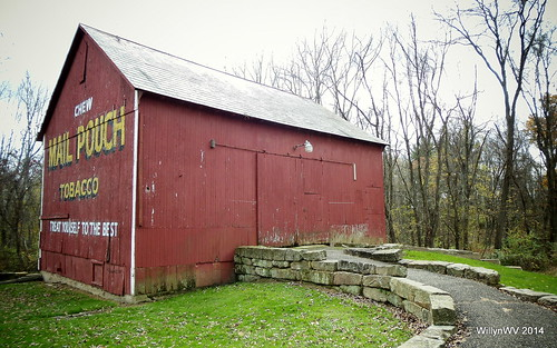 ohio barn advertising mailpouch cabins belmontcounty ohiovalley pioneervilliage barkcampstatepark