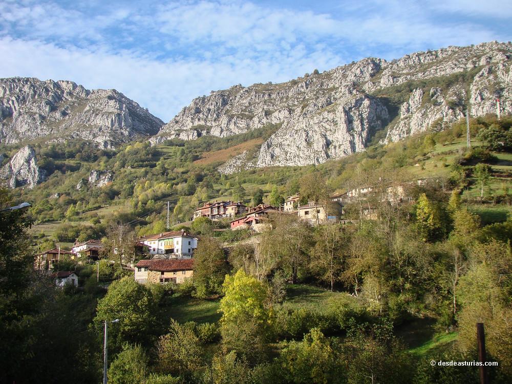 Desfiladero de los arrudos ruta parque de redes rutas por asturias - Casas rurales en aiguestortes ...