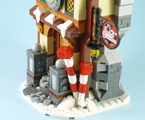 LEGO 10245 Santa's Workshop 14