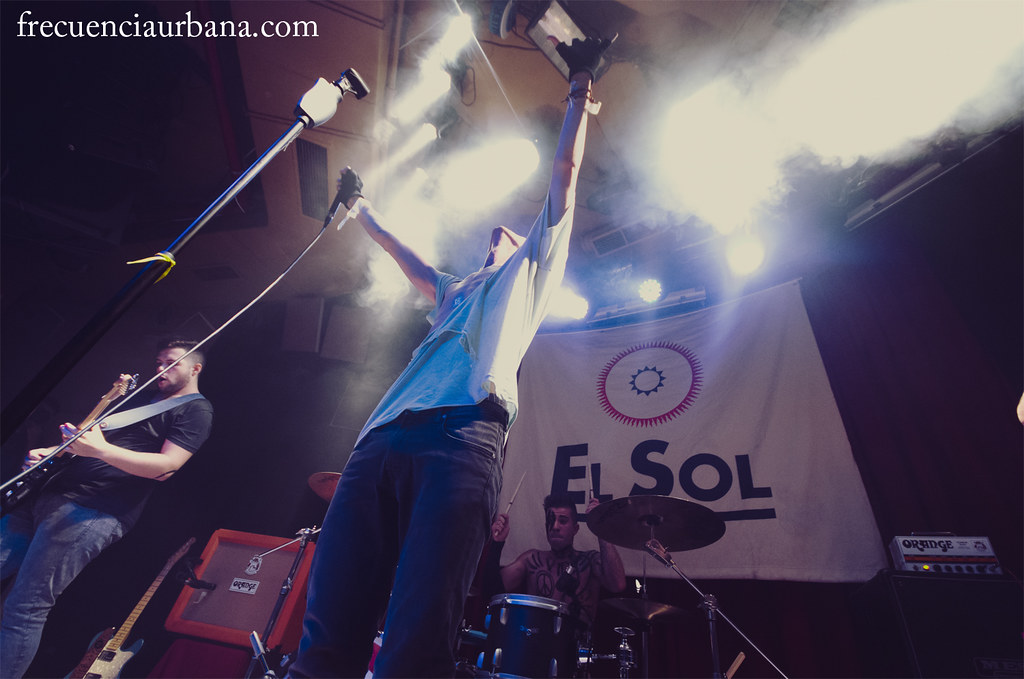 """Imágenes del concierto de Kitai. Sala Sol, Madrid. 12/11/2014.  Más info aquí, <a href=""""http://wp.me/p2Ifpt-Mm"""" rel=""""nofollow"""">wp.me/p2Ifpt-Mm</a>"""