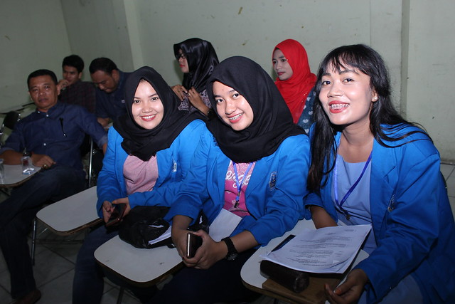 Latihan dasar kepemimpinan mahasiswa, Canon EOS 60D, Canon EF-S 18-55mm f/3.5-5.6 IS II