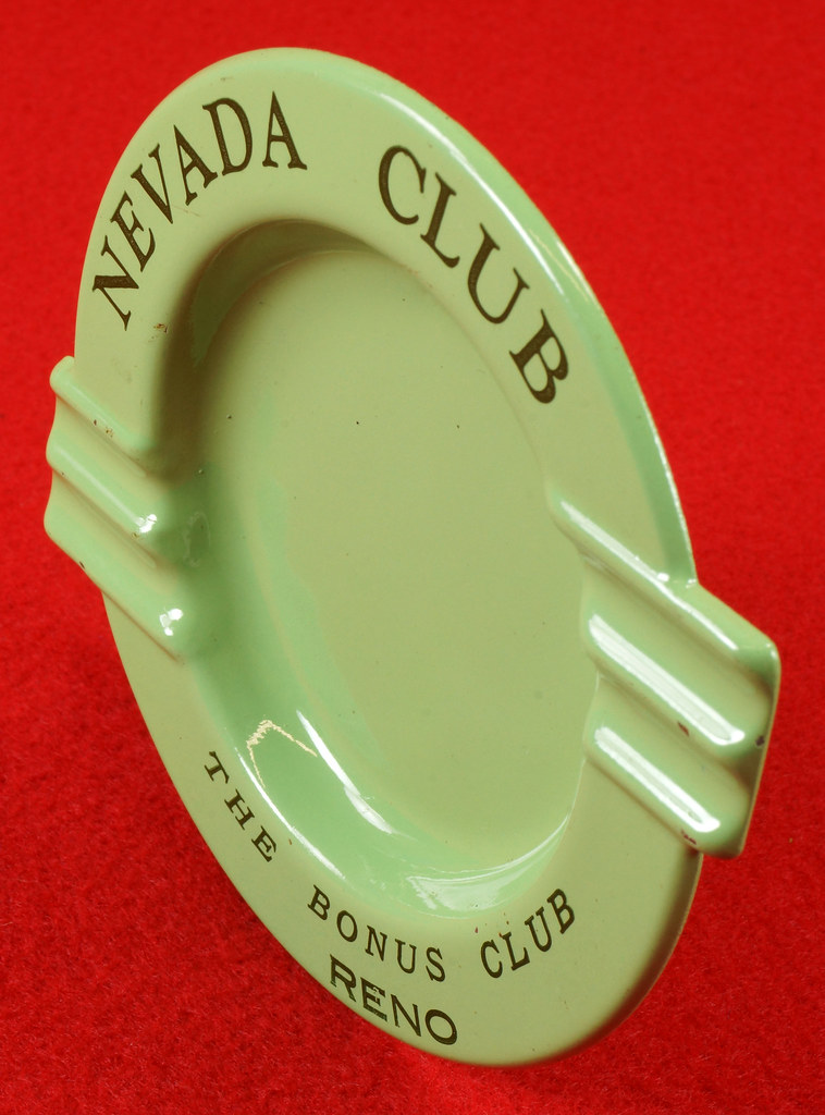 RD15054 Vintage Ashtray NEVADA CLUB - THE BONUS CLUB - RENO Green Metal Art Deco DSC06952