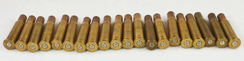 RD14567 Vintage Remington KLEANBORE 30-30 Express 150 gr. Soft Point SMOKELESS Ammo Box & 20 Brass Casings DSC06981