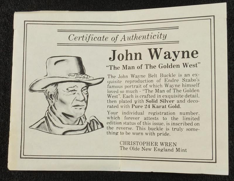 RD15030 John Wayne Belt Buckle Man of the Golden West Olde New England Mint 1985 with Certificate DSC07255