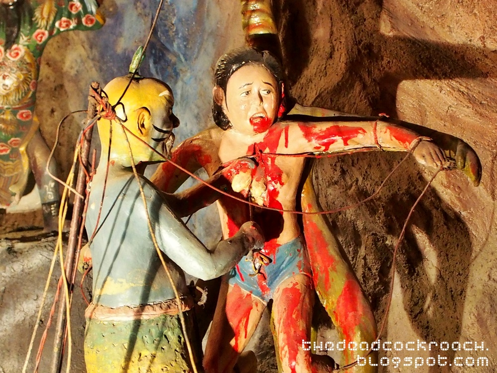 aw boon haw, aw boon par, chinese values, folklore, haw par villa, mythology, sculptures, statues, ten courts of hell, tiger balm, tiger balm garden, 虎豹别墅, singapore, where to go in singapore,Tthird court of hell, yama,king songdi