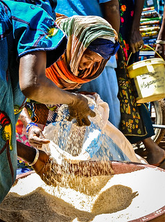A woman sells rice in Bandiagara market | by Overseas Development Institute