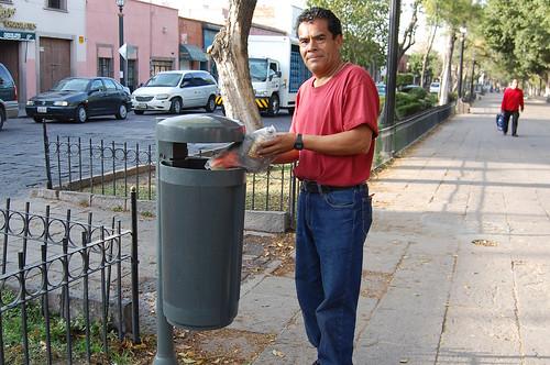 Ecología Municipal colocará mas depósitos de basura