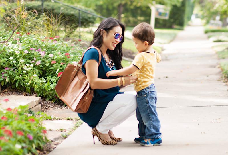 cute & little blog | petite fashion | maternity baby bump pregnant | target liz lange top, white jeans, leopard pumps, bauble bar statement necklace | second trimester 24 weeks