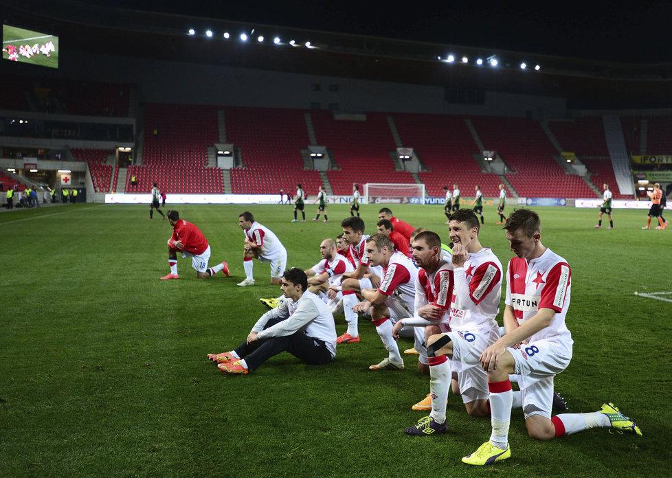 141018_CZE_Slavia_Praha_v_Baumit_Jablonec_1_1_Slavia_players