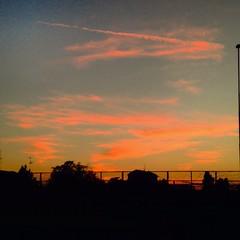 #serediautunno #tramonto #contrastodicolori #panorama #natura #photography #instalike #instagram #iphone