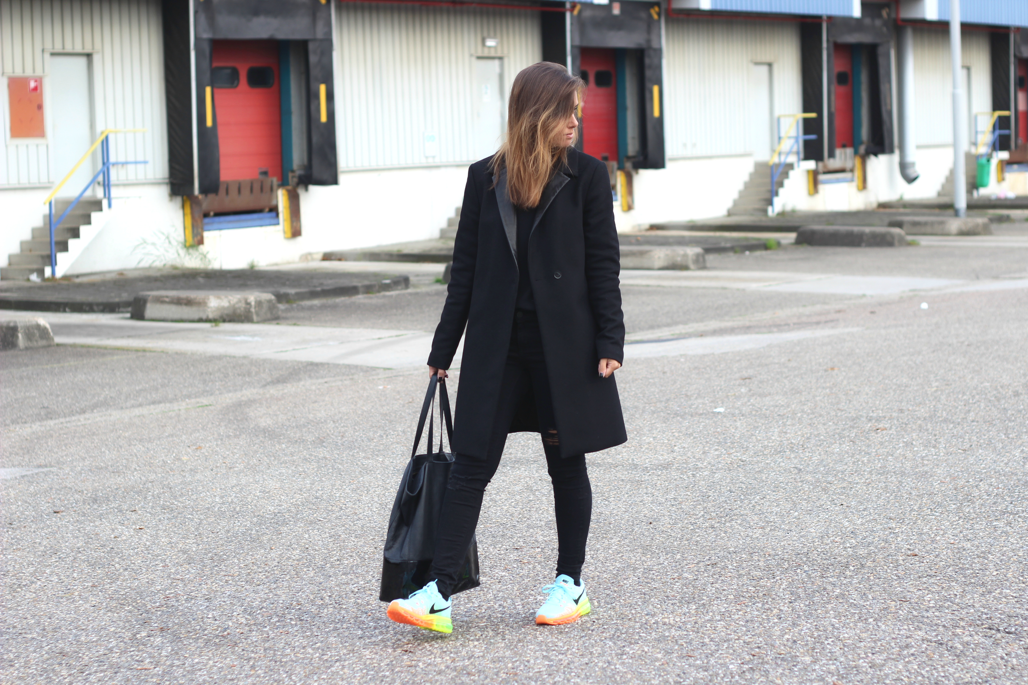 shopper-multi-color-kicks-almost-all-black-outfit
