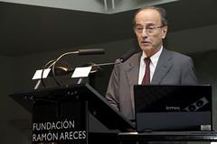 Dr. Santiago Dexeus2 - 'Menopausia: una etapa multifactorial de la vida de la mujer'