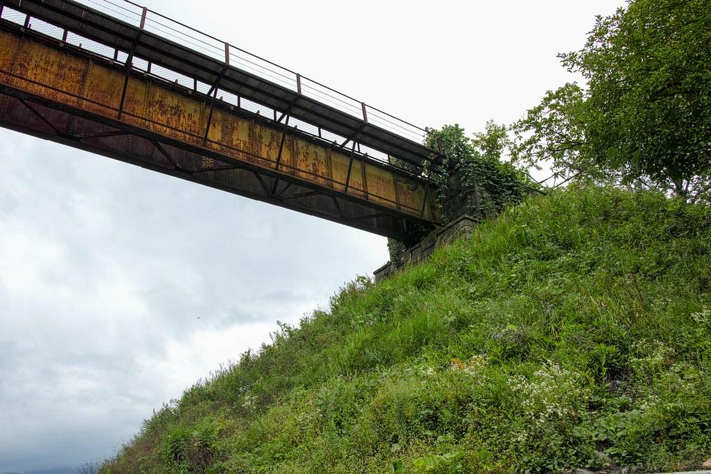 途中まではプレートガーダー橋