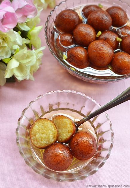 Easy Gulab Jamun with Khoya