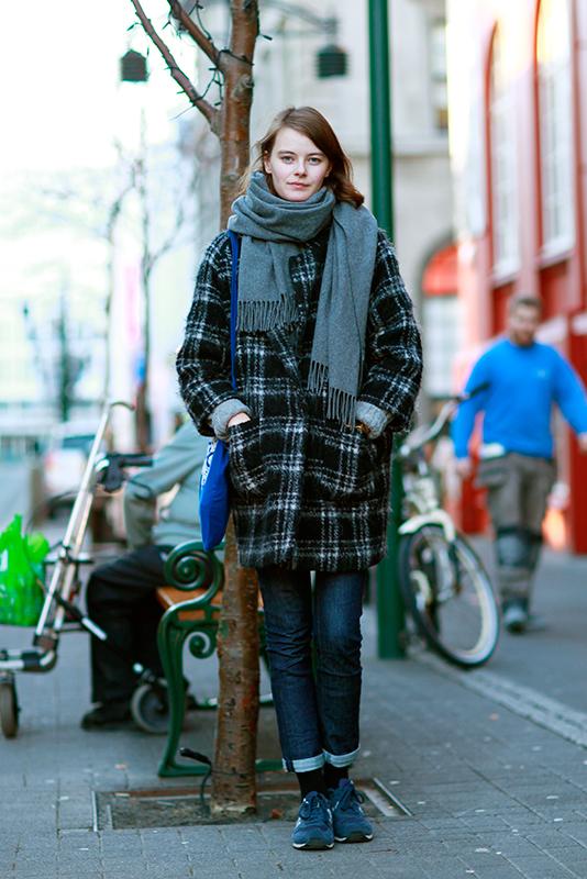 plaidcoatscarf iceland, Quick Shots, Reykjavik, street fashion, street style, women