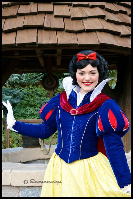 Vos photos avec les Personnages Disney - Page 3 15596121750_7a77a4f866_z