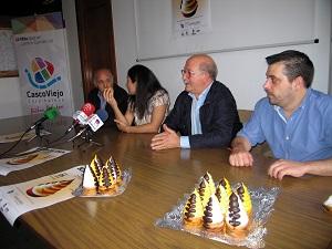 Los pasteleros de Bizkaia repartirán 4.000 carolinas artesanas en la Plaza Nueva a favor de Stop Sanfilippo