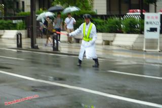 P1060471 Hombre del sable de luz   (Fukuoka) 12-07-2010 copia