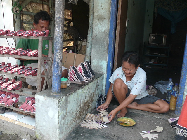 Sepatu - Kota Mojokerto