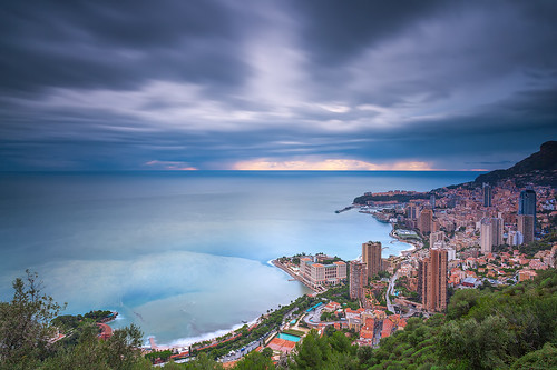 longexposure winter sea mer seascape architecture canon buildings landscape photography bay europe mediterranean cityscape montecarlo monaco côtedazur paysage canonef1740mmf4lusm mediterraneansea nisi waterscape 2014 méditerranée frenchriviera provencealpescôtedazur singhray canoneos5dmarkii ericrousset galenrowellsinghray3stopgndfilter nisifstopperfiltrend1000