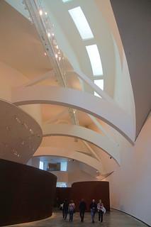 090 Guggenheim - Richard Serra