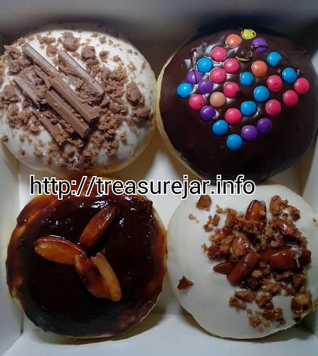 Pan de Donut assorted flavors