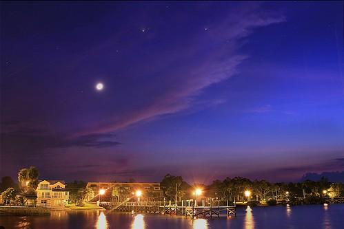 longexposure night nightscape sunsets fullmoon moonrise nightsky nightscene urbanlandscape planetearth sebastianfl kmprestonphotography indianriverdrive projectweather sebastianyachtclub 20141108212405mcr2s4
