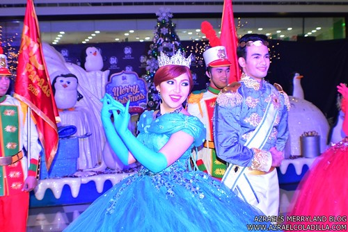 Grand Magical Christmas Parade in SM City Trece Martires (19)