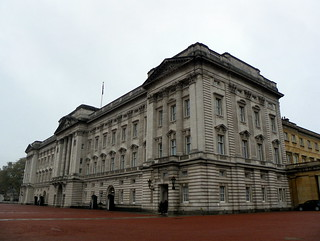 Image of George IV. 2016 architecture buckinghampalace building cityofwestminster constitutionhill england gayoutdoorclub goc gochertfordshire goclondonpublicart grade1listed grade1listedbuilding gradeilisted gradeilistedbuilding gradeone gradeonelisted gradeonelistedbuilding greaterlondon hertfordshiregoc kodak kodakeasysharez981 listed listedbuilding london londonsw1 londonsw1a outdoor palace royalpalace sw1a1aa westminster z981